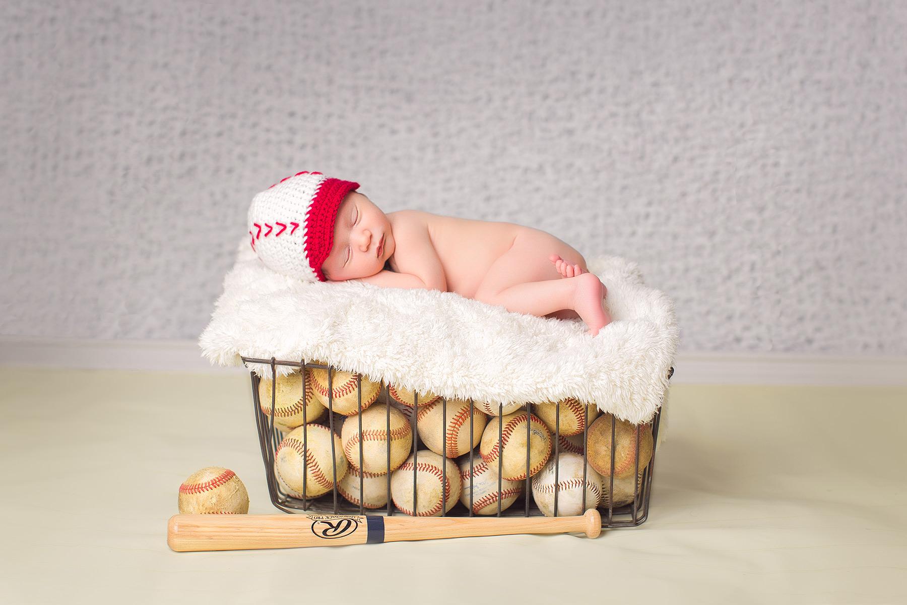 Newborn-photographers-maternity-photographers-berks-county-pa_G